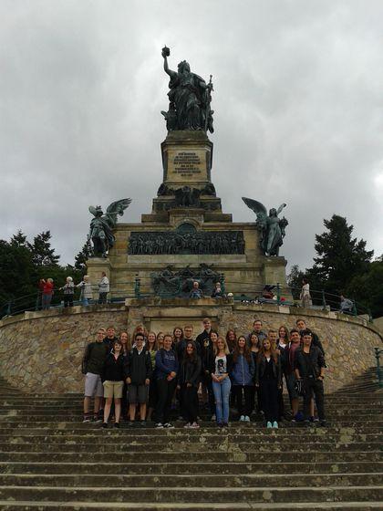 Niederwalddenkmal mit Schülerinnen und Schüler der GHS